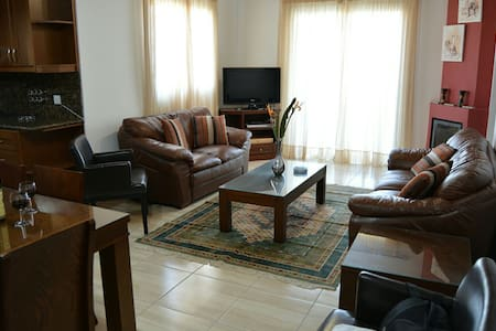 Seafront Holiday Flat in Latchi. - Poli Crysochous