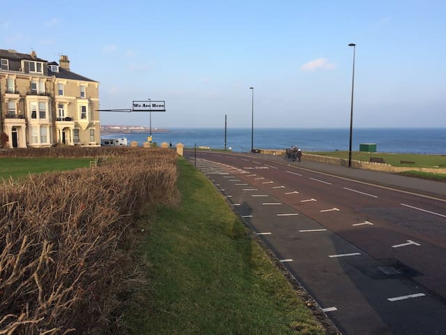 Tynemouth. Panoramic unbeatable Views Top Location