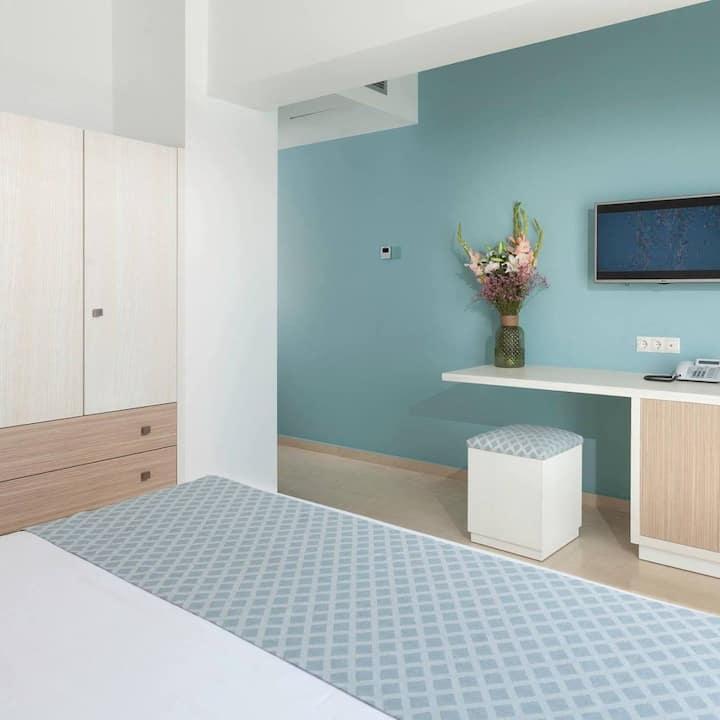 Δίκλινο δωμάτιο με θέα θάλασσα
