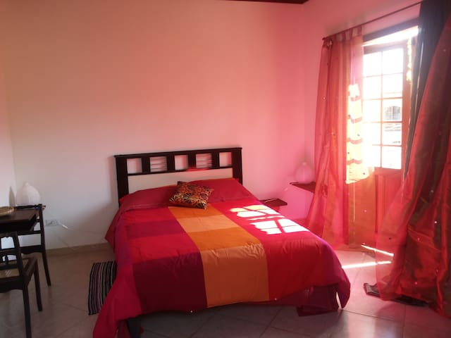 Large, Nice & Cosy bedroom in Paraty - 1