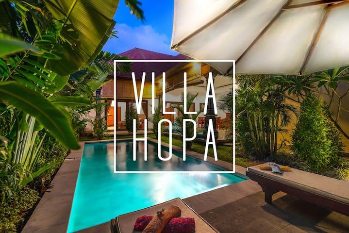 Perfectly located villa in CANGGU!