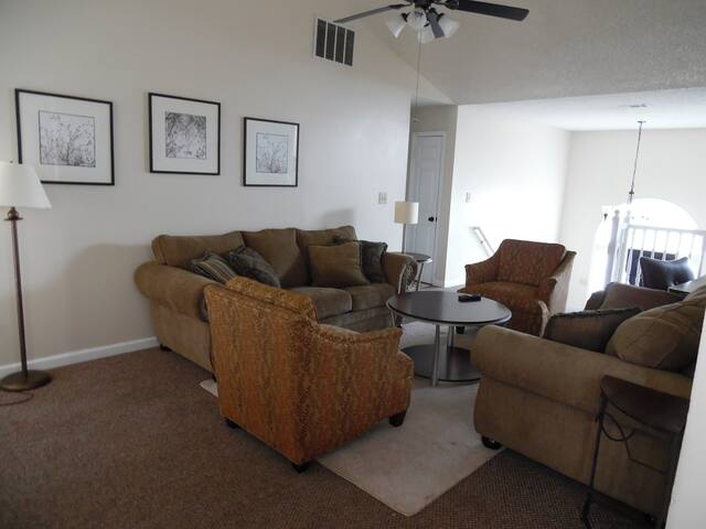 Nice and Cozy House - Jonesboro - Dům