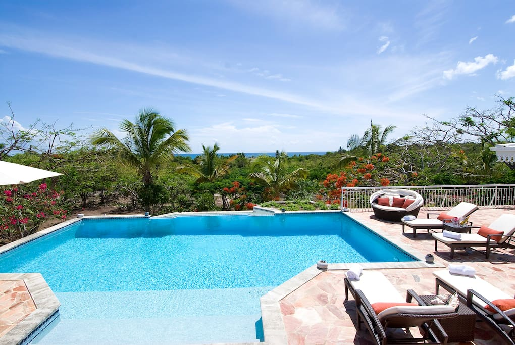 Huge views of the Caribbean Sea and the beach is just a short 2 minute walk away