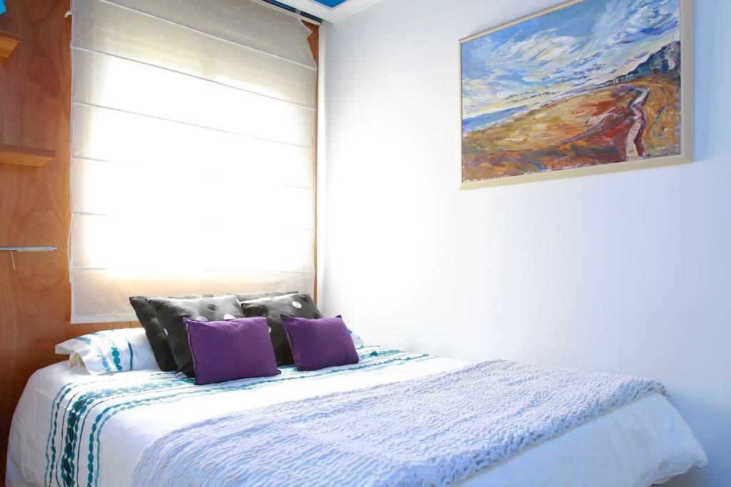 TU HABITACION - YOUR ROOM