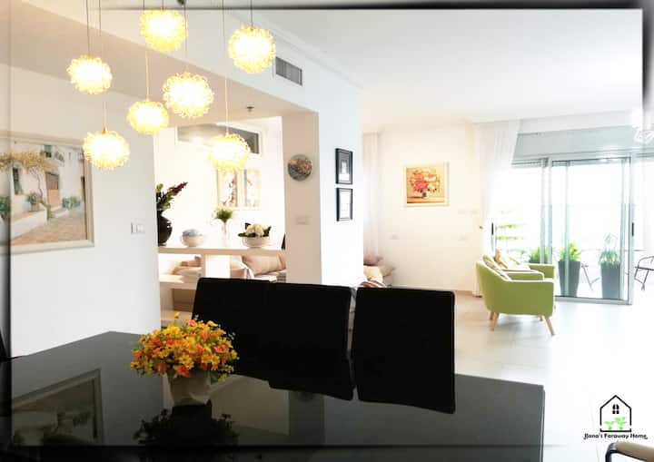 Luxury rooms near airport including breakfast