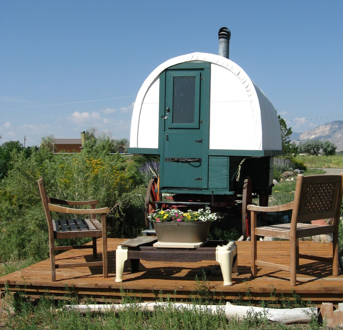 Cozy Sheepherders Wagon   Campers/RVs For Rent In Cody, Wyoming, United  States