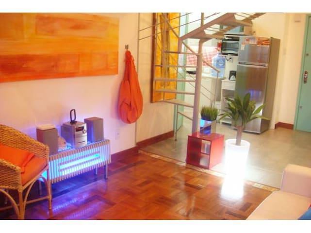 Beautiful loft in metro Cinelândia