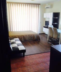 Luxury apartment on the sea coast - Burgas - Pis
