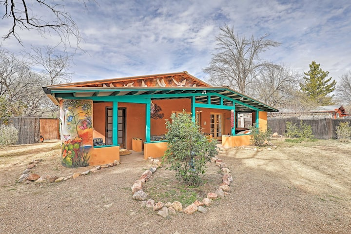 NEW! Vibrant 'Casa Paloma 2' Abode Near Vineyard