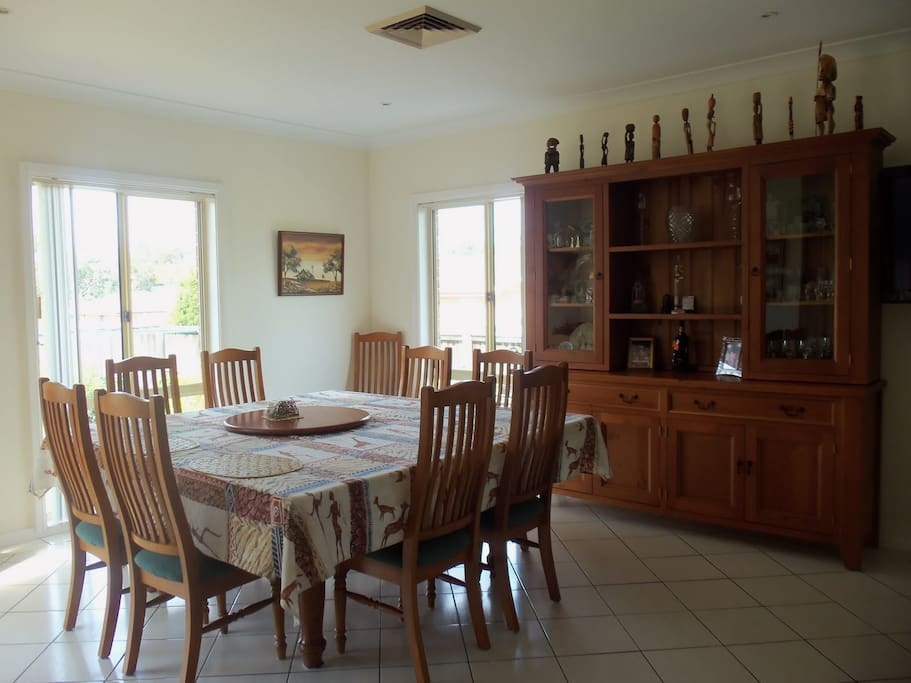 Dining room - can seat 12