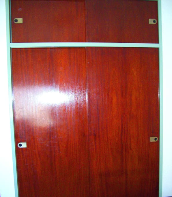 a large wardrobe. Apartament Fully furnished