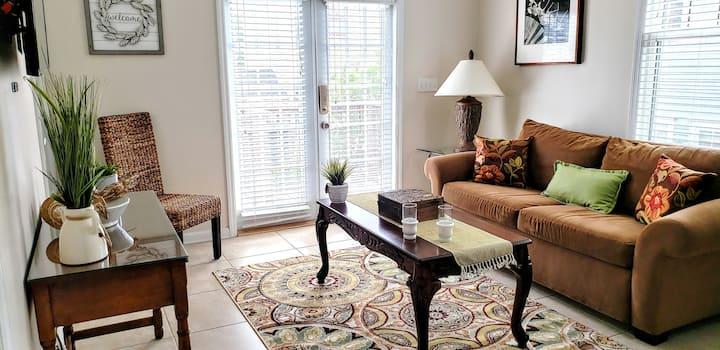 Hidden Treasure Apartment in Avondale, Florida