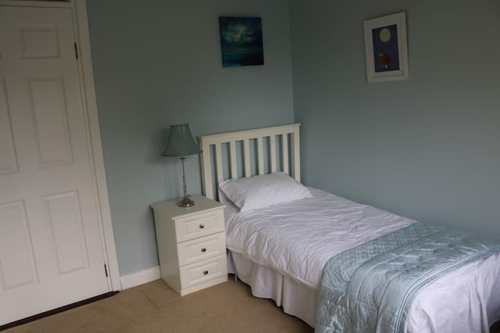 3 rooms in the heart of Boyne Valley Co.Meath