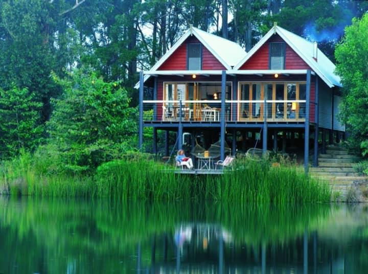 The Boathouse on Cloudlake