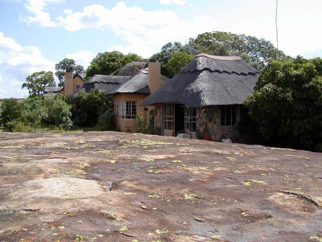 Shumba Shaba Lodge