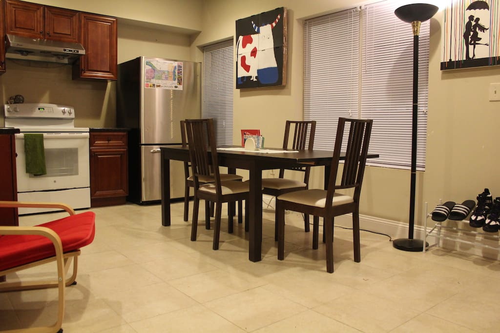 Kitchen and lounge with free high speed internet WiFi.