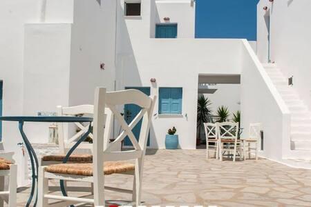 the feeling of neighborhood - Αλυκή - Apartment - 2