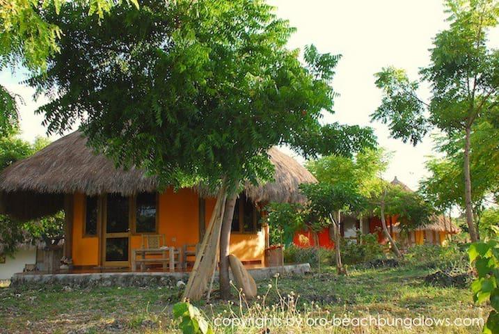 Oro Beach Houses - Tambolaka / Loura / Sumba /  - Bed & Breakfast
