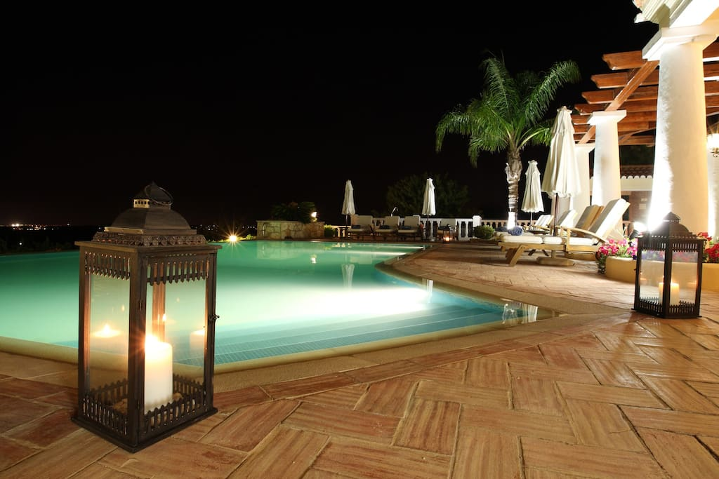 Romantic and quiet pool at night