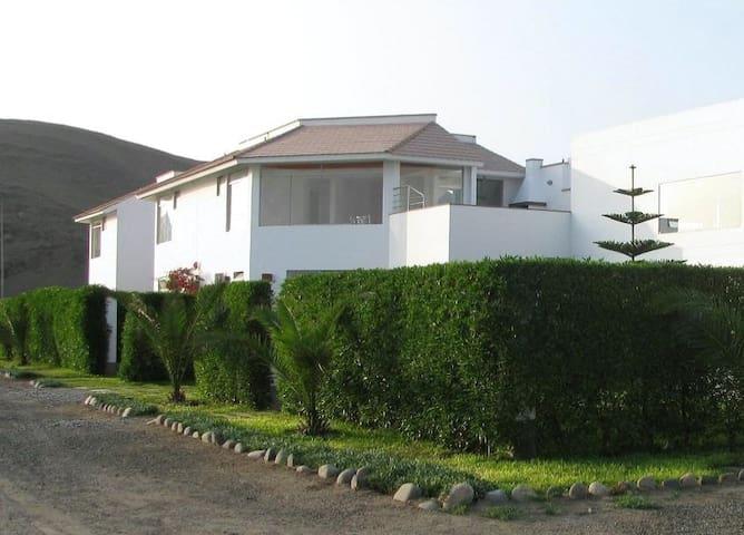 Linda casa de campo y playa en Chocaya 3