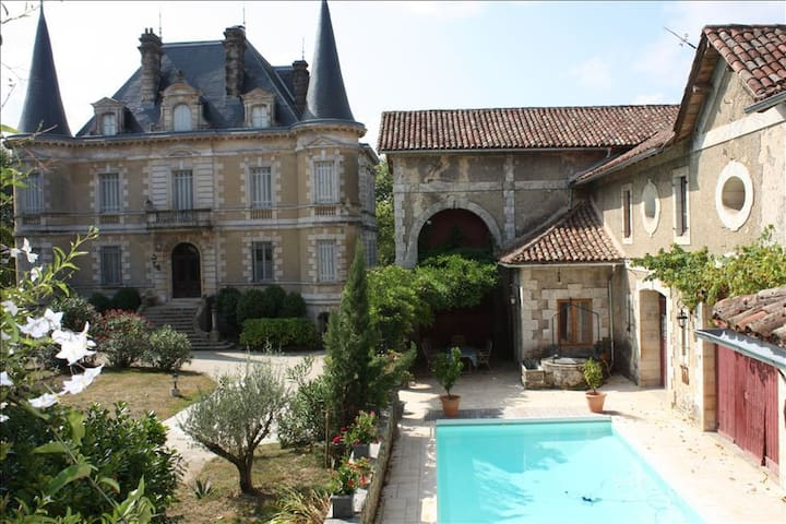 Bed&breakfast au Chateau - Habas - Bed & Breakfast