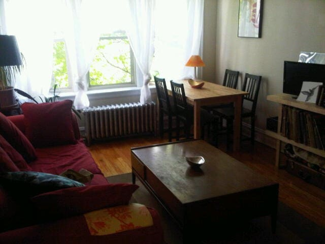 Spacious + Convenient Logan Square One-bed Apt