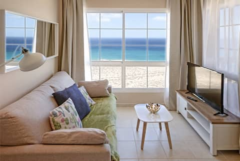 New&Modern Flat with OceanView&Free Wifi (12G)