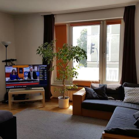 Schön möblierte Whg in München West (Pasing)