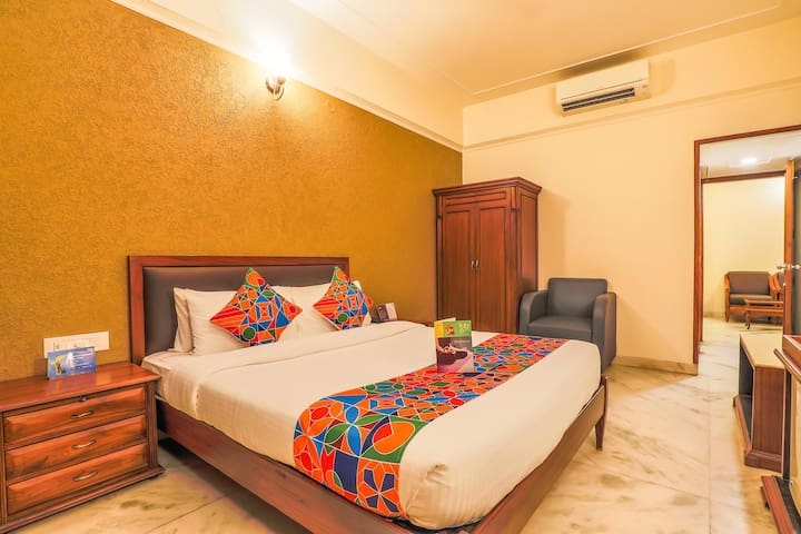 Suite Room @Sector 35C with AC+WiFi