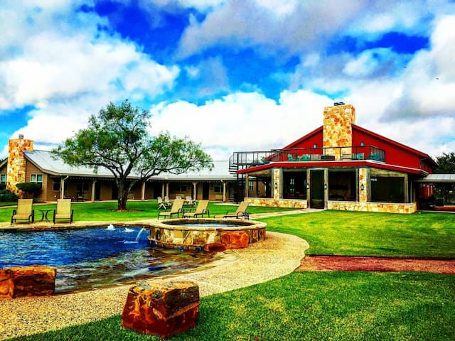 The Lodge at Keystone Ranch - Pearsall - Casa