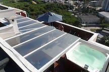 Toldos Hunter Douglas e teto solar para maior conforto