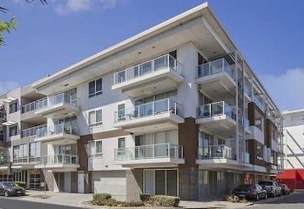 Level 2 Apartment. - Mawson Lakes - アパート