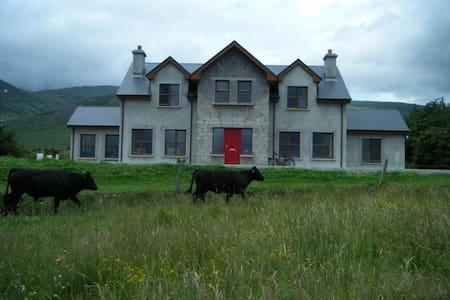 Mid Kerry - Mountains meet the sea - Haus