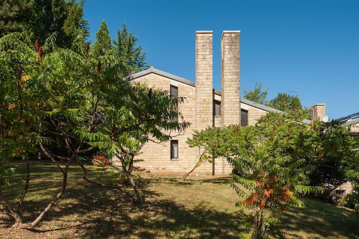 Villa nel Parco dei Sibillini - Pievebovigliana (MC)