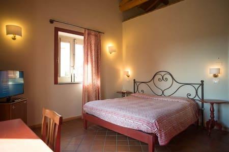 Agriturismo Tenuta San Michele - SANTA VENERINA - Bed & Breakfast
