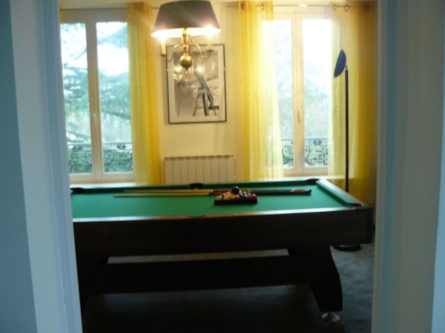 Le Salon du billard anglais (pool-table)