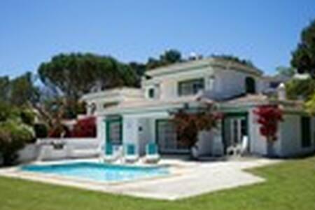 Two Bedroom Villa, Studio with pool - Almancil