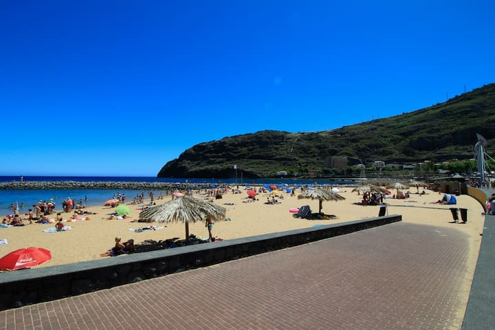 Luis Place. Machico LifeStyle. Balcony views WiFi - Machico - Apartment
