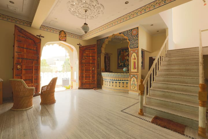 Best Stay IN Royal Pushkar Haveli