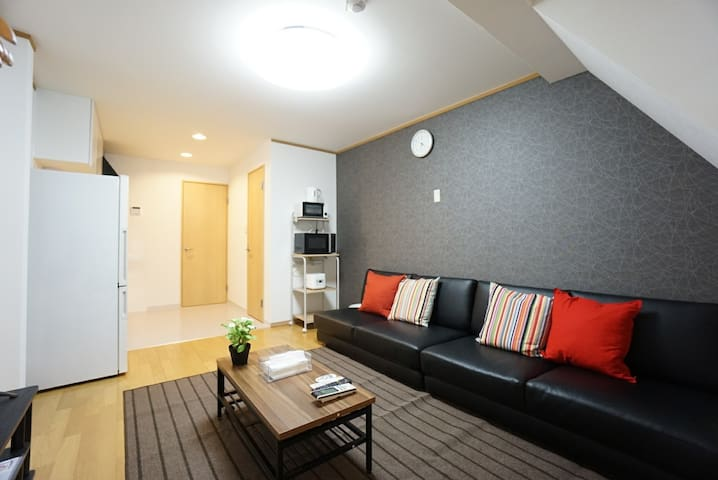 Legal Room! Max for 16 people! Near Umeda Station!