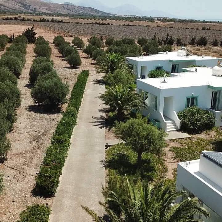 Villas in Fragkokastello