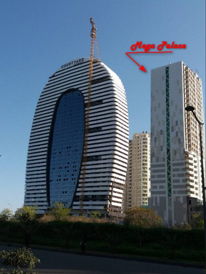 """Mega Palace"" 5* , 3комн. (5-6 человек) Batumi"