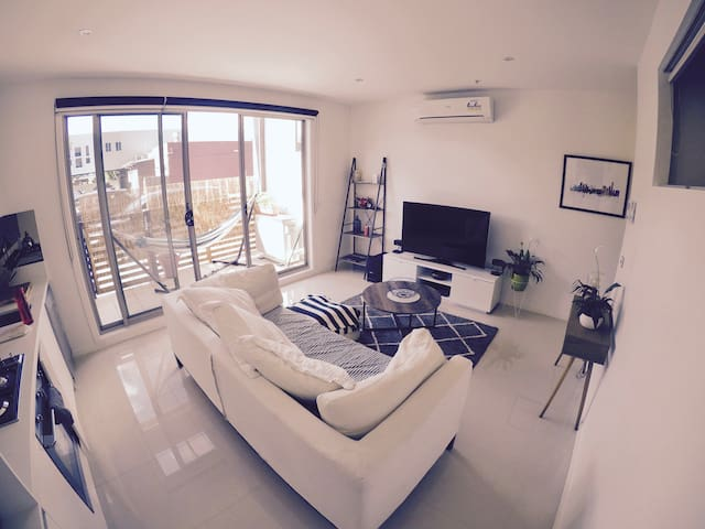 Ultra Modern King Single room in Thornbury - Thornbury - Apartamento