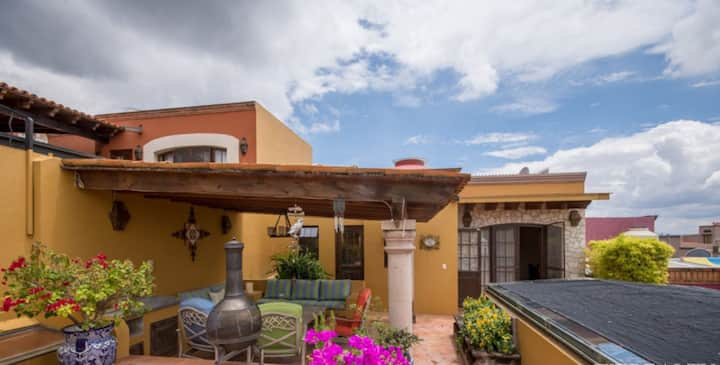 Ojo De Agua 3 Bedroom Private Suite Home W/Parking