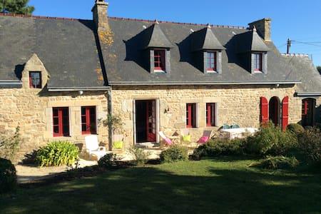 Maison typique bretonne pour 8 pers - Plouguerneau - Dům