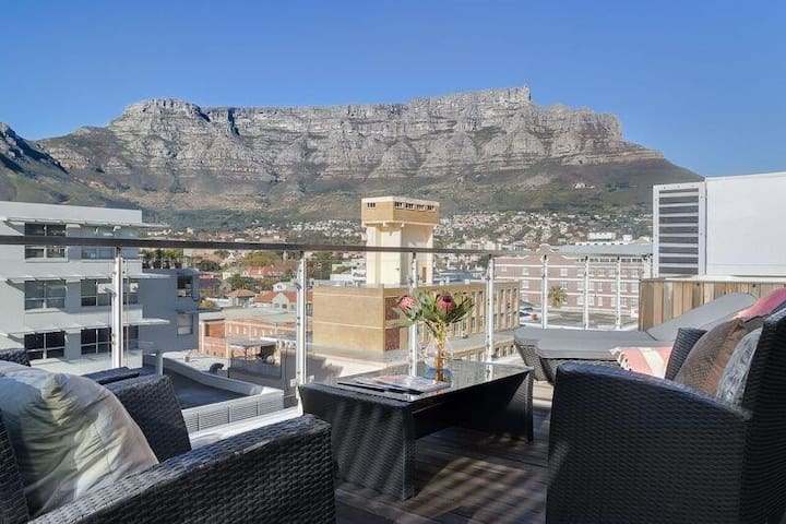 Super penthouse with Huge Terrace & Stunning Views