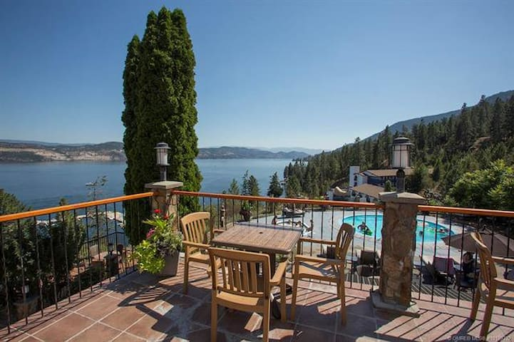 Waterfront Condo on Okanagan Lake Kelowna