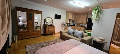 Upstairs self-catering accommodation