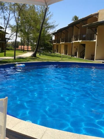 VILLAGE BEIRA MAR, COND C/ PISCINA - Arembepe - House