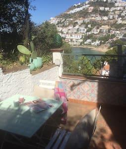 Studio de charme avec vue mer - Roses - Apartament